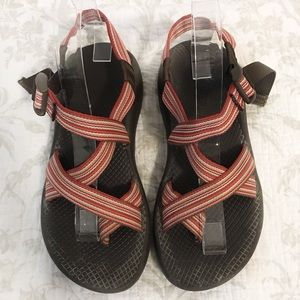 Chacos z2 classic red and white chacos rubber